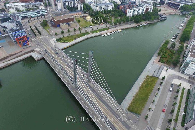 ilmakuva silta kanava helsingissä